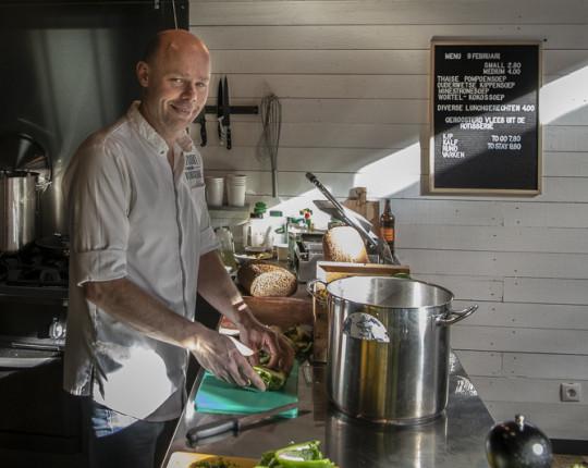 In Beeld: Voormalige chef nu eigen baas in Kapelstraat