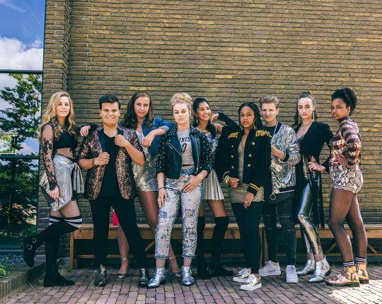 Release single 'Hou me vast' voor NPO 3FM Serious Request