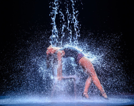 "Flashdance de musical ""What a feeling"""